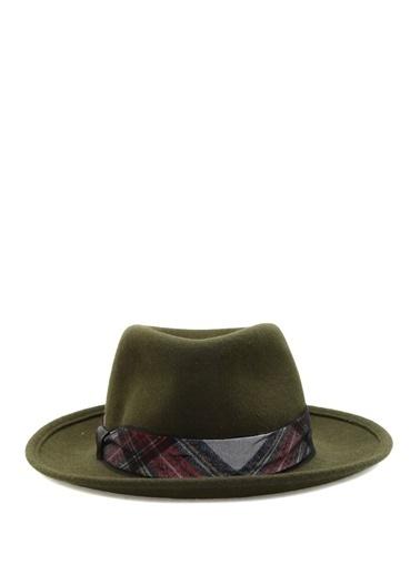 Şapka-Ferruccio Vecchi